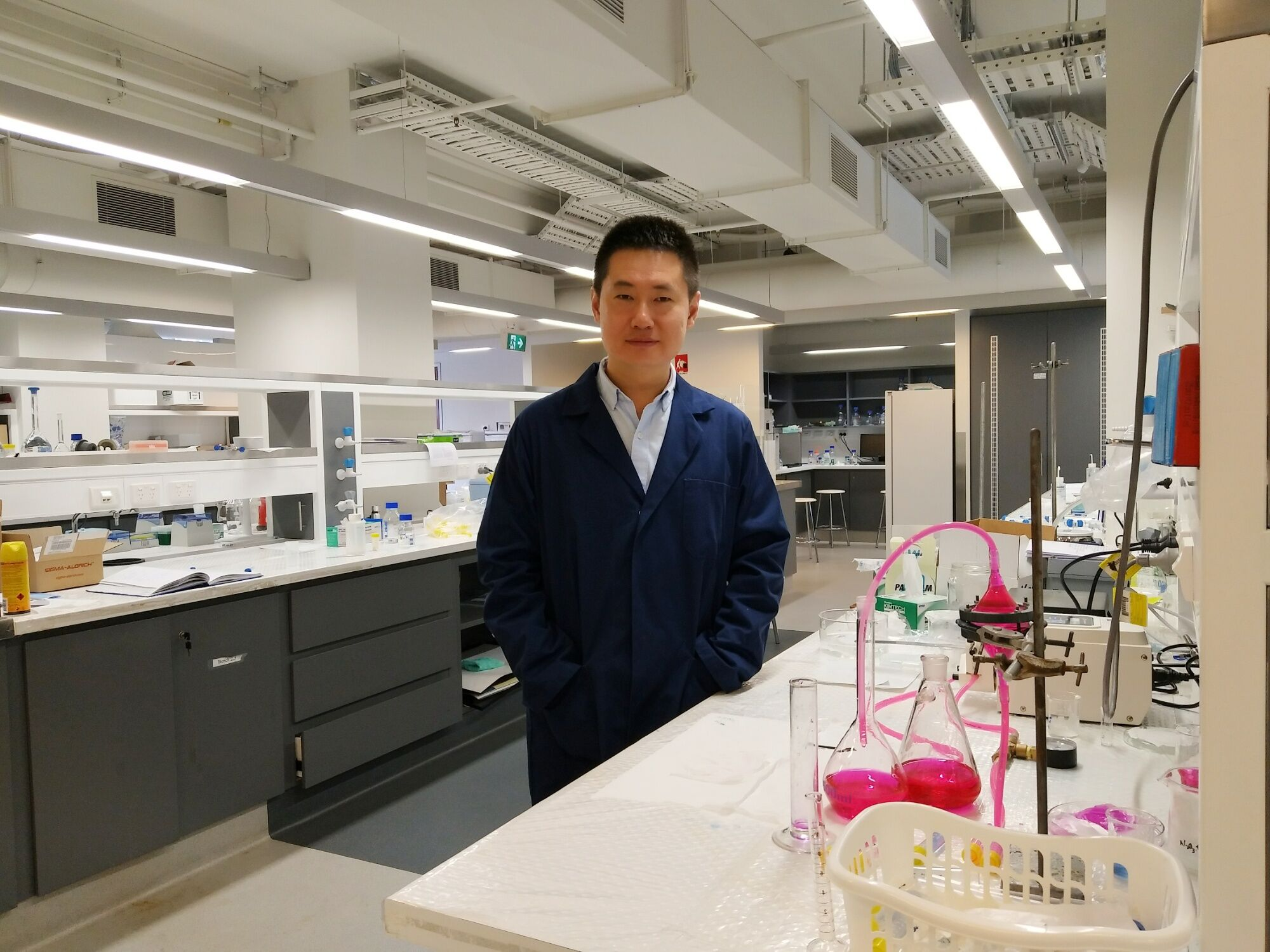 Zheng (Allen) Sun, Ph.D., Associate Professor in Marine Biology